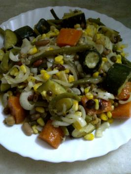Summer Salad of Mixed Sprouts & Vegetables